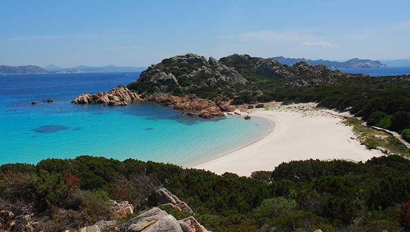 Sardegna, turismo: spuntano alternative al test sierologico