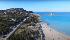 Stintino, La Pelosa: via strada asfaltata a tutela della spiaggia